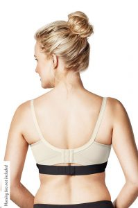 Clip-and-Pump-Hands-Free-Pumping-Bra-Review