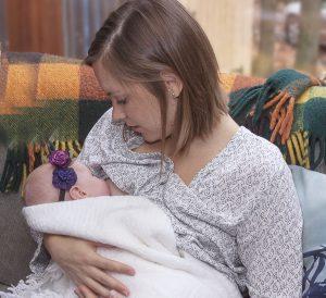 The-Power-of-Bonding-and-Breastfeeding-Allis-Story